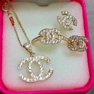 Saudi Gold Stamped 750 Jewelry Set